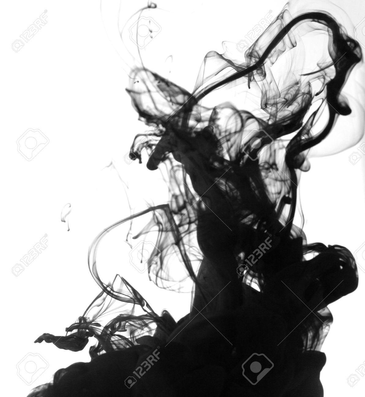 Smoke liquid ink in water Stock Photo - 9895804