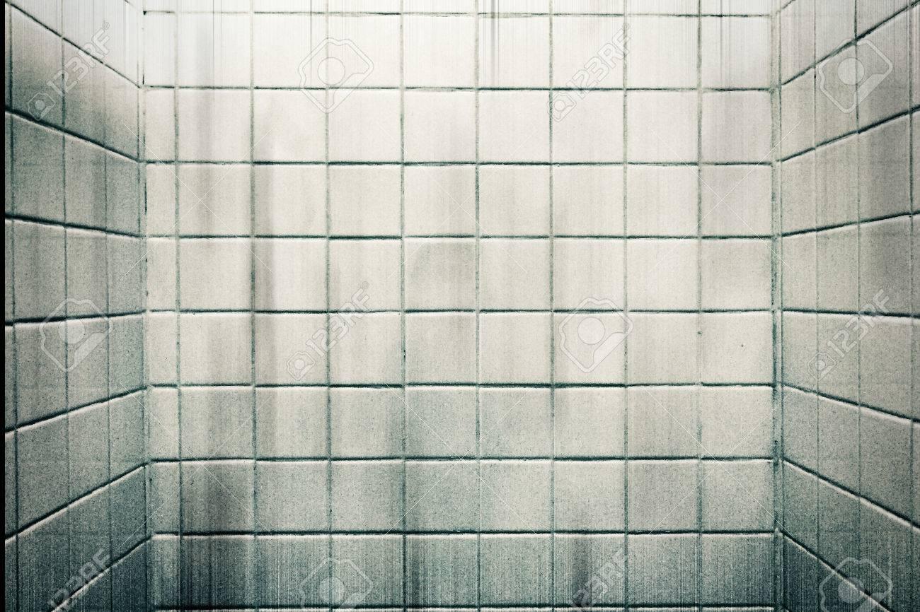 Marmer Tegels Badkamer : Vuile korrel witte marmeren tegels muur in de badkamer voor