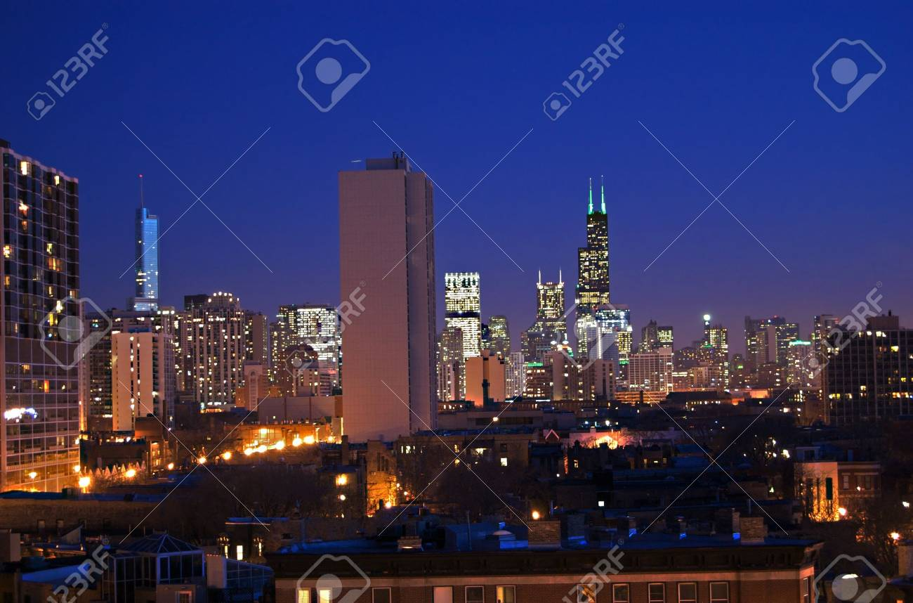 Chicago Skyline at Night Stock Photo - 13715018