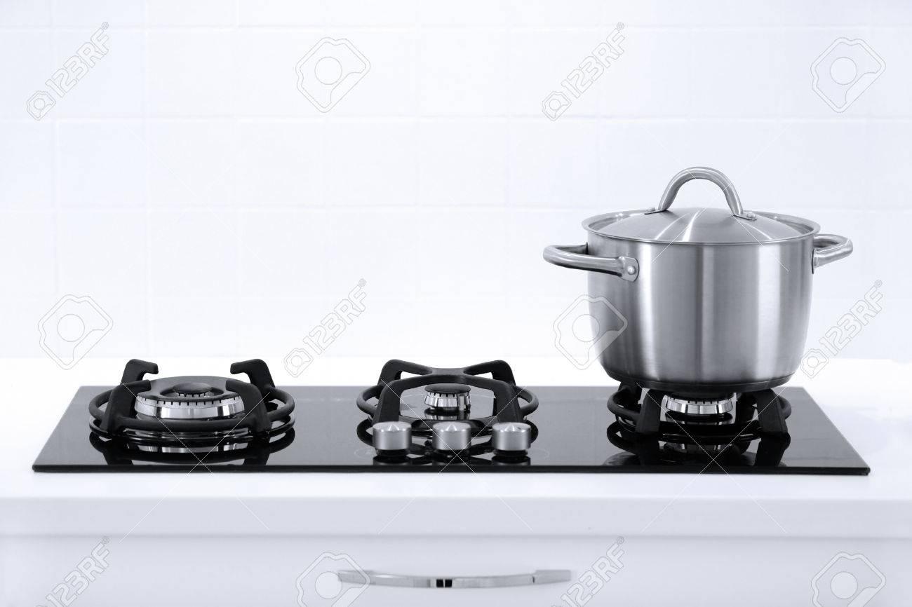 Pot in white modern kitchen - 30081471