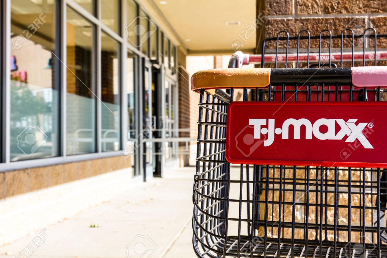 Kokomo - Circa October 2016: T J  Maxx Retail Store Location