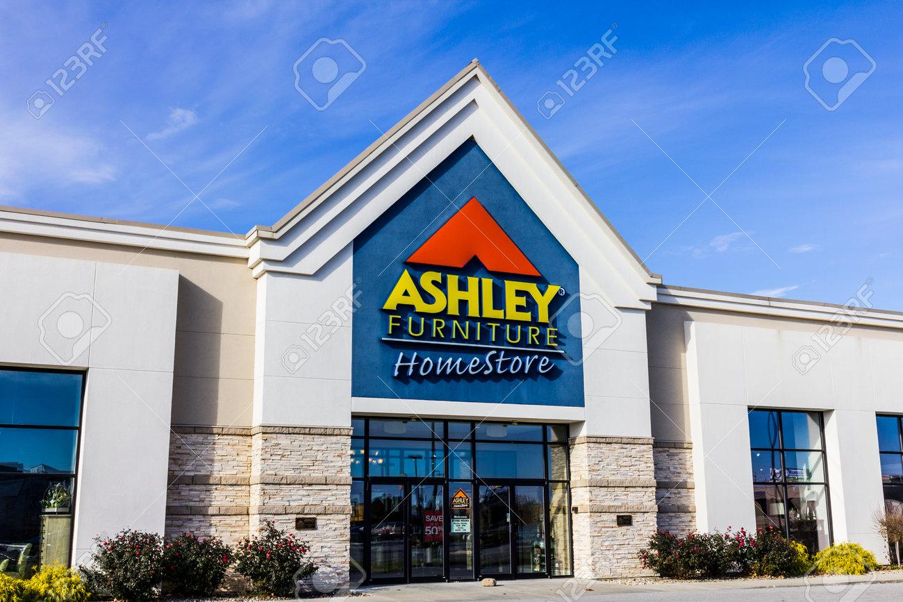 Indianápolis - Alrededor De Noviembre De 2016: Ashley Furniture ...