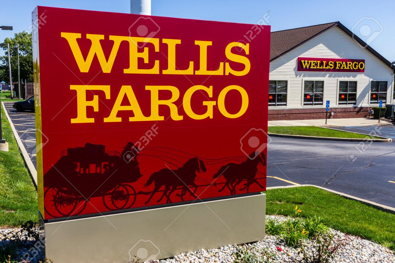 Ft. Wayne - Circa September 2016: Wells Fargo Retail Bank Branch. Wells Fargo is a Provider of Financial Services X - 71433264