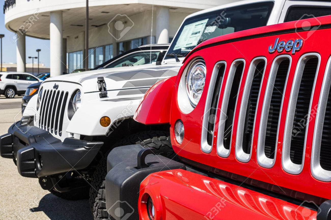 Jeep Dealership Indianapolis >> Indianapolis Circa April 2017 Jeep Automobile Dealership