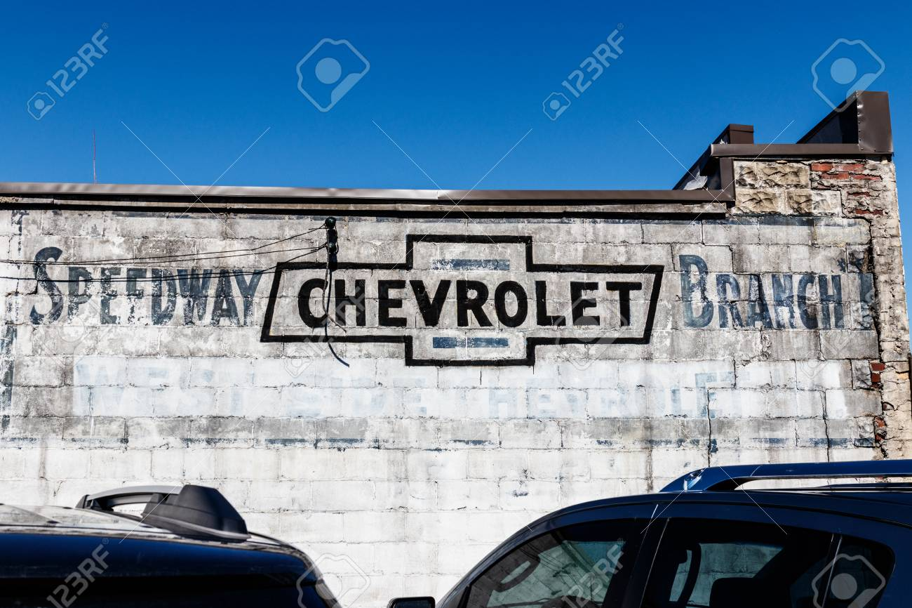 Indianapolis Circa March 2018 Legacy Chevrolet Signage Near Stock Photo Picture And Royalty Free Image Image 96950482