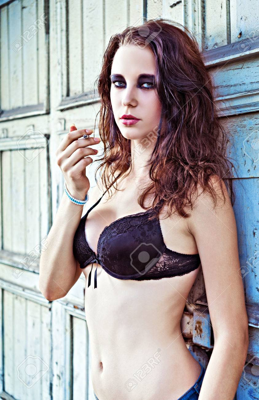 Sexy Spanish Girls Masturbate
