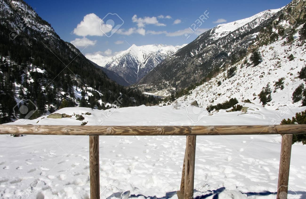 Bony del Graller peak, at Aiguestortes i Estany de Sant Maurici National Park Stock Photo - 17104070