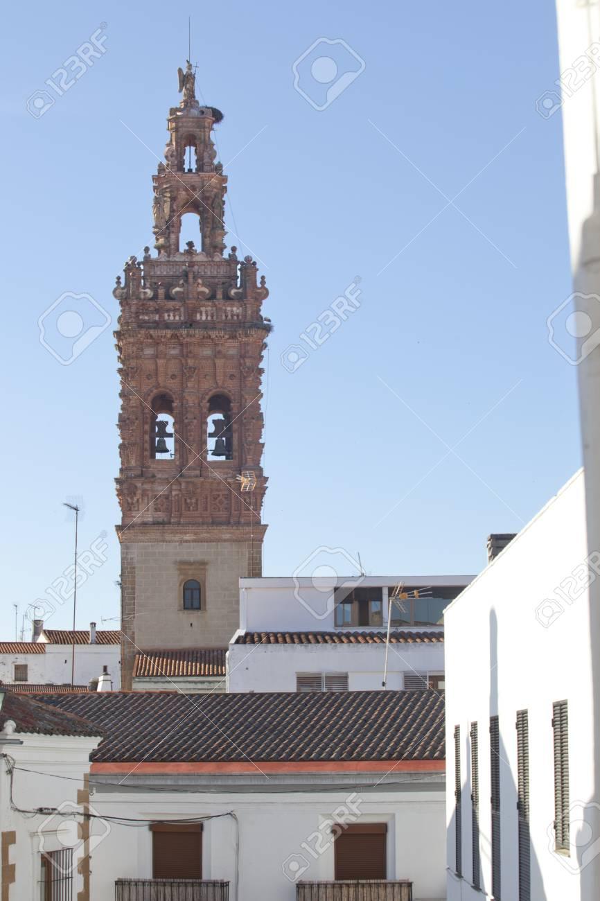 Torre De La Iglesia De San Miguel En Jerez De Los Caballeros Badajoz Espana Estilo Mudejar