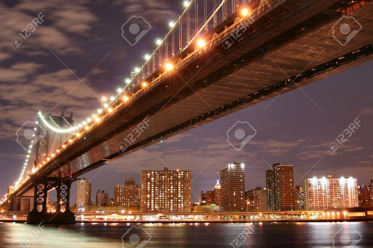 Manhattan Bridge and Manhattan skyline At Night Stock Photo - 888183