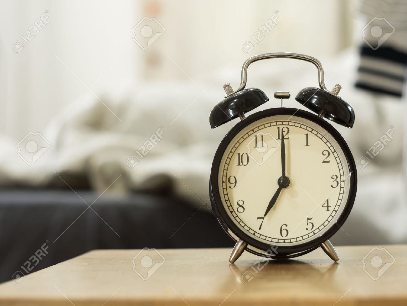 Despertador background De Reloj Para Despertar Up Las La Dormitorio Negro Mostrar Un Retro 7 Mañana EHDI29