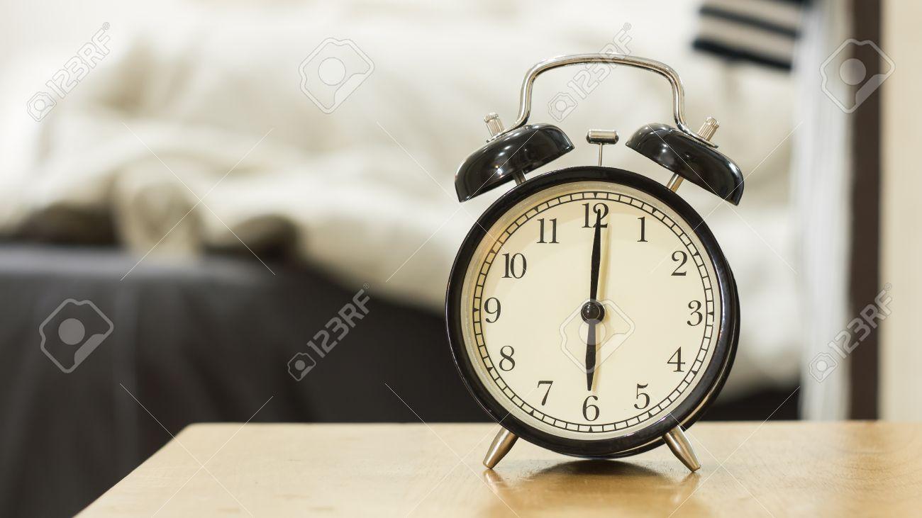 Retro Black Alarm Clock Show 6 O\'clock In The Morning For Wake ...