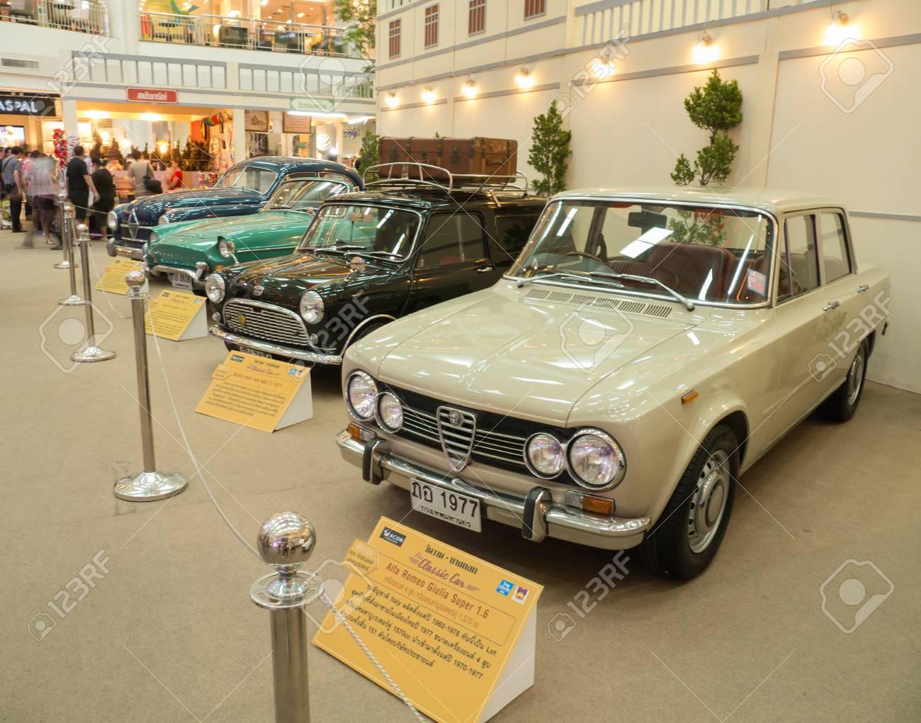 Bangkokthailand May 182015 Vintage Retro Classic Car Show In