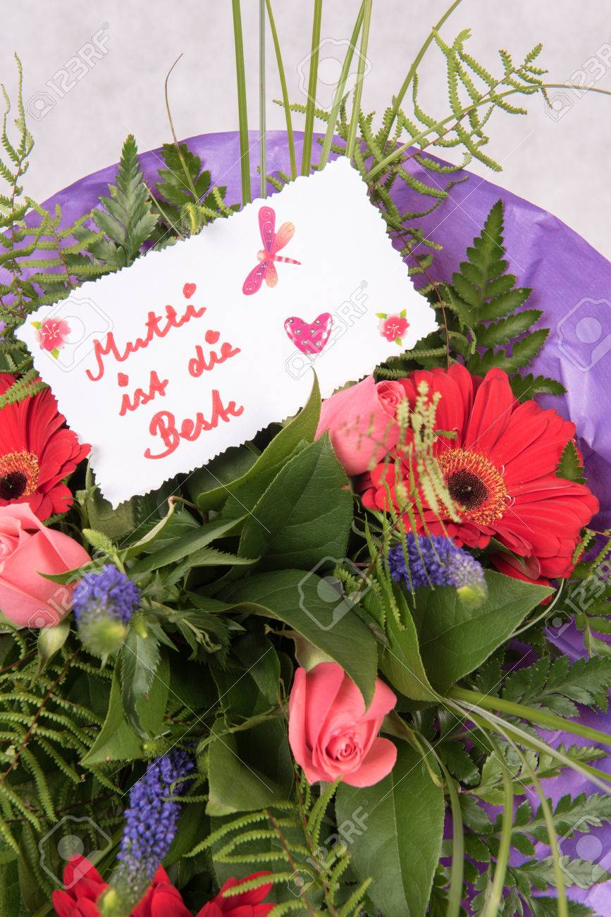 Bouquet Of Flowers With Card Mother Is The Best In German Stock