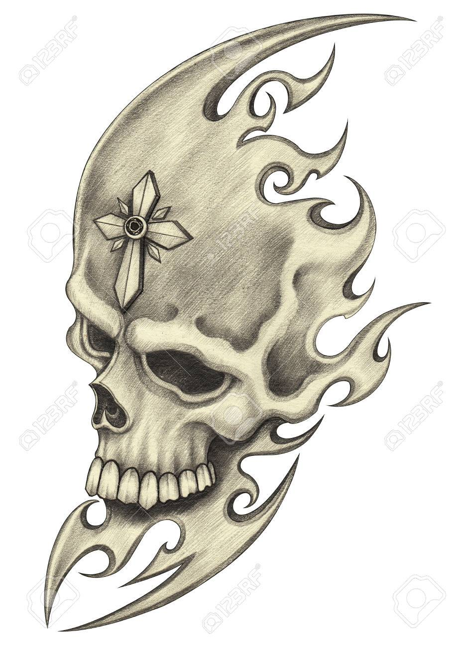 Souvent Tattoo.Hand Crayon Crâne Dessin Sur Papier. Banque D'Images Et  MR27