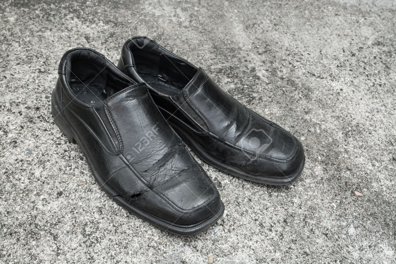 d92db43be9bd Black old shoes it dirty and worn-out Stock Photo - 27363712