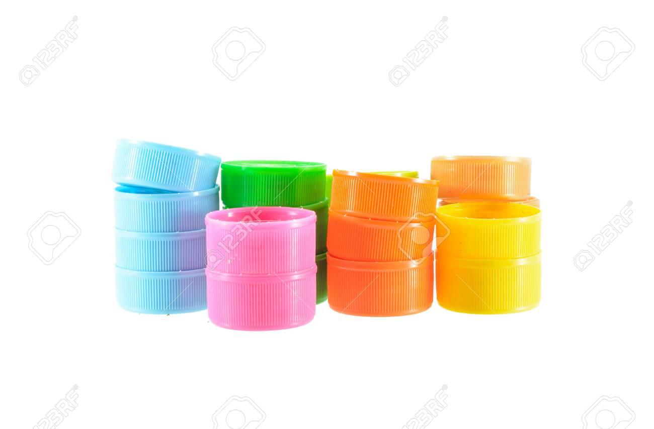 Foto de archivo - Tapas de botellas de plástico coloridas aisladas sobre fondo  blanco 1389cfe10722