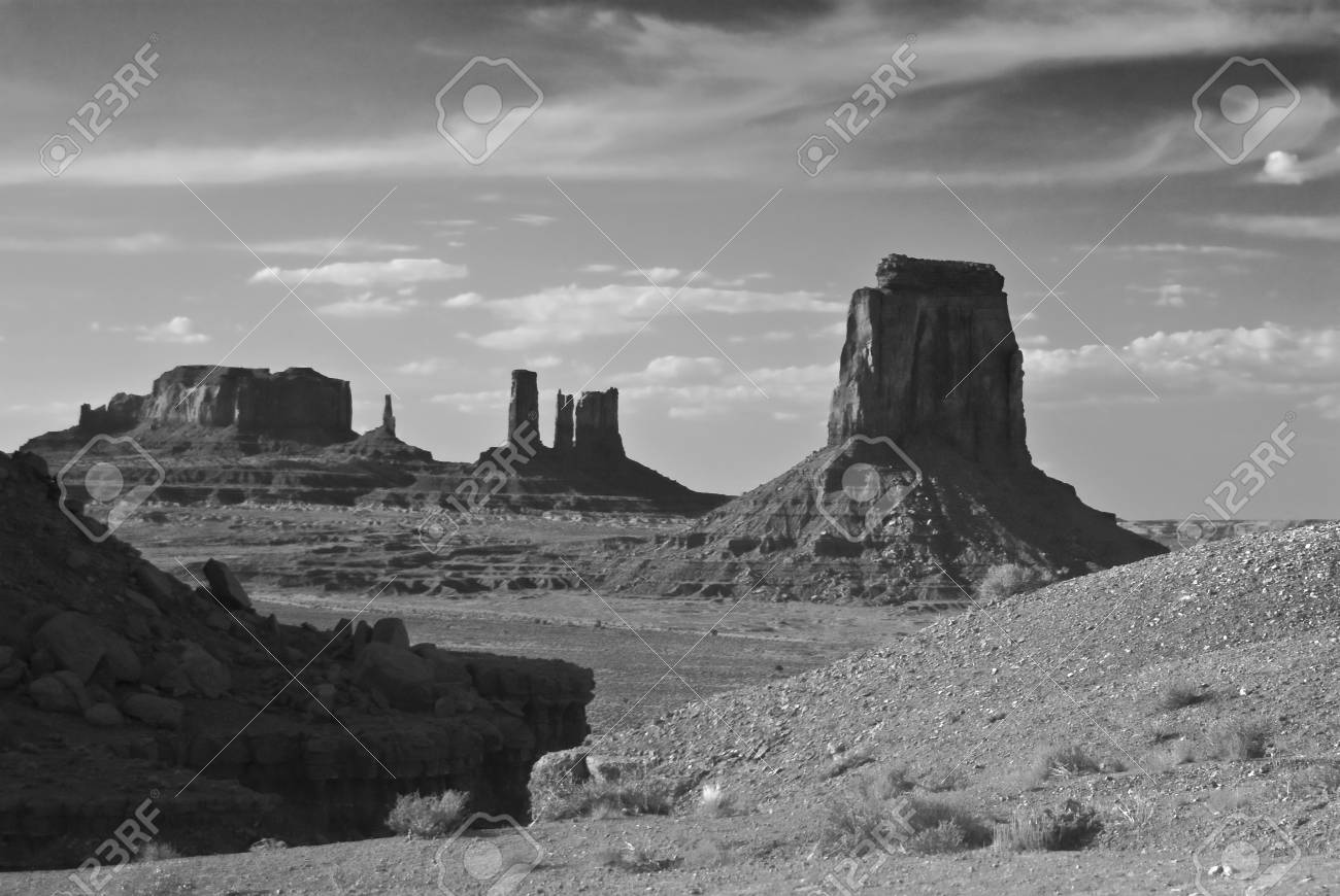 Monument Valley in Black and White Stock Photo - 6275806