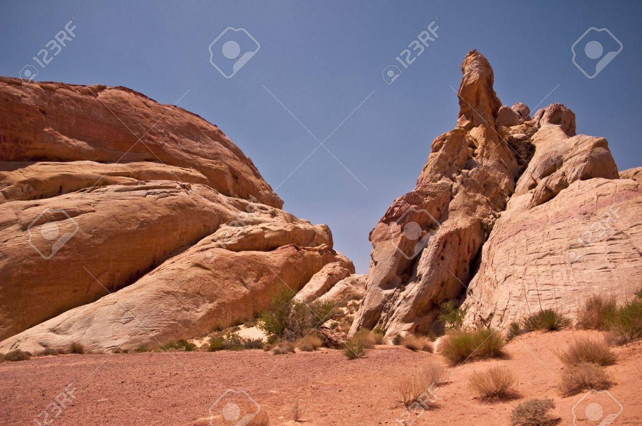 Valley of Fire State Park view Stock Photo - 7918917