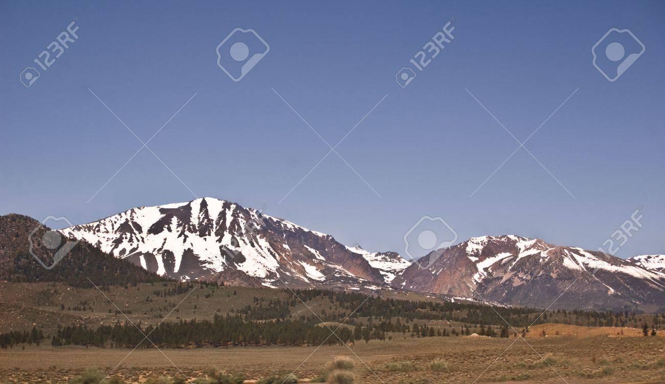 Eastern Sierra Nevada View Stock Photo - 8037880