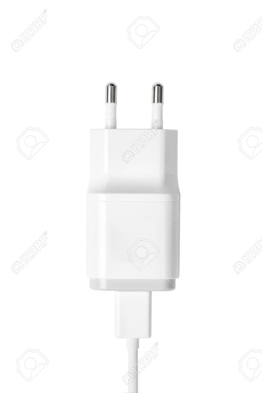 weiße farbe smartphone ladegerät isoliert auf weiß lizenzfreie fotos