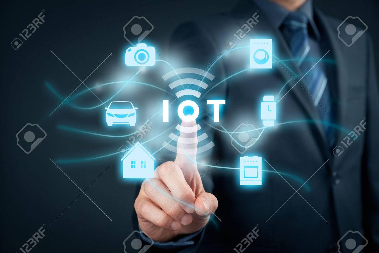 Internet des objets (IdO) concept. Banque d'images - 56359181
