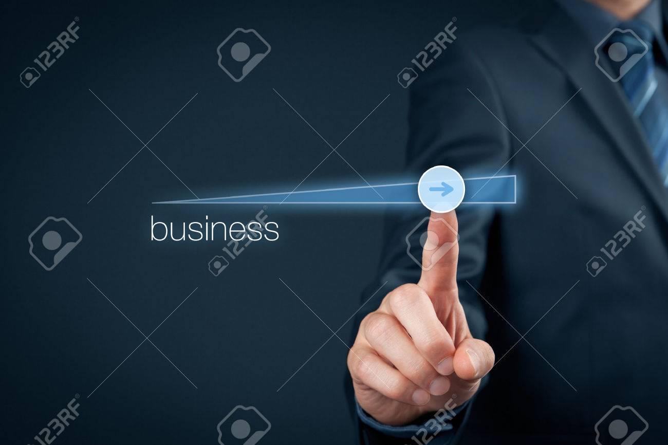 plan d'affaires pour accélérer la croissance de l'entreprise - le concept d'amélioration des affaires. Banque d'images - 59405932