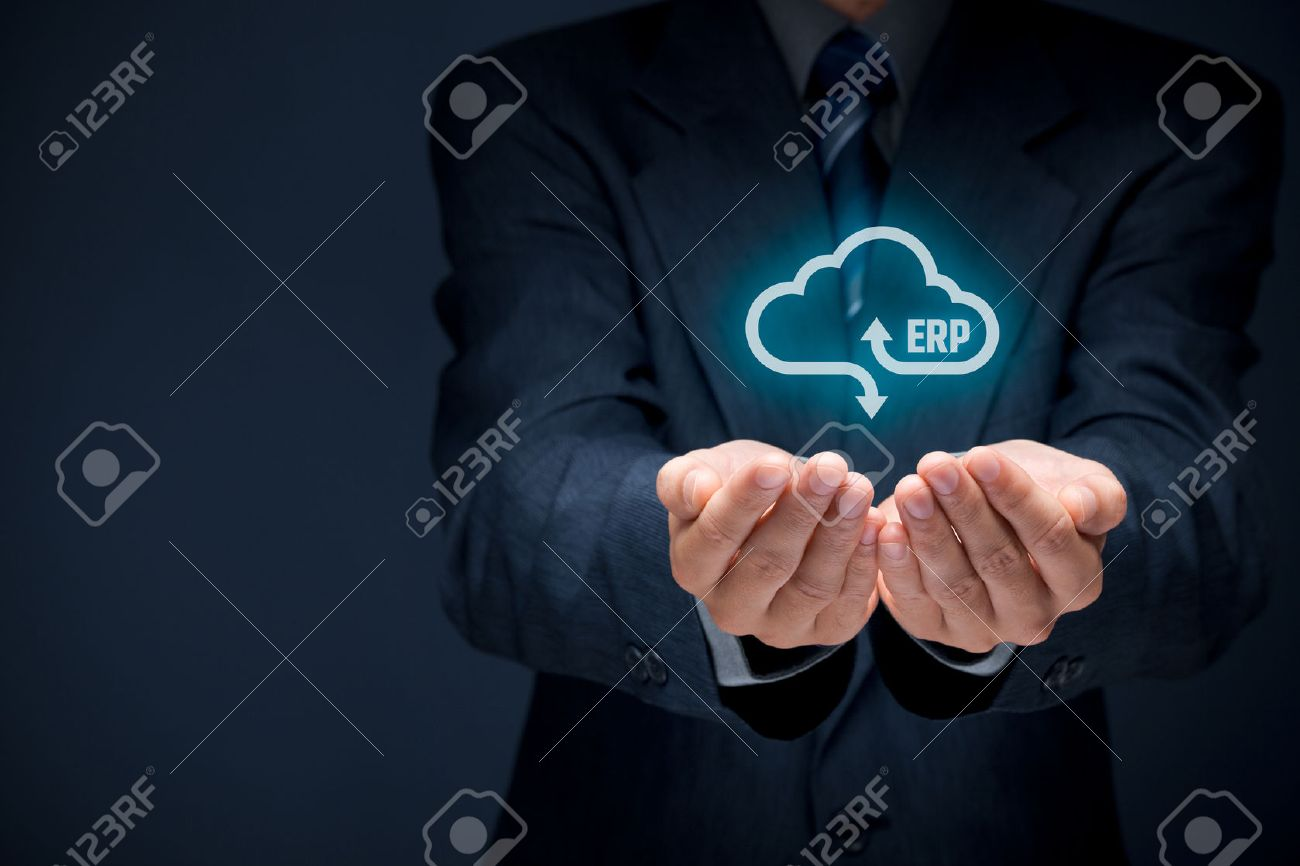 Enterprise resource planning ERP as cloud service concept. Businessman offer ERP business management software as cloud computing service. Banque d'images - 61206580