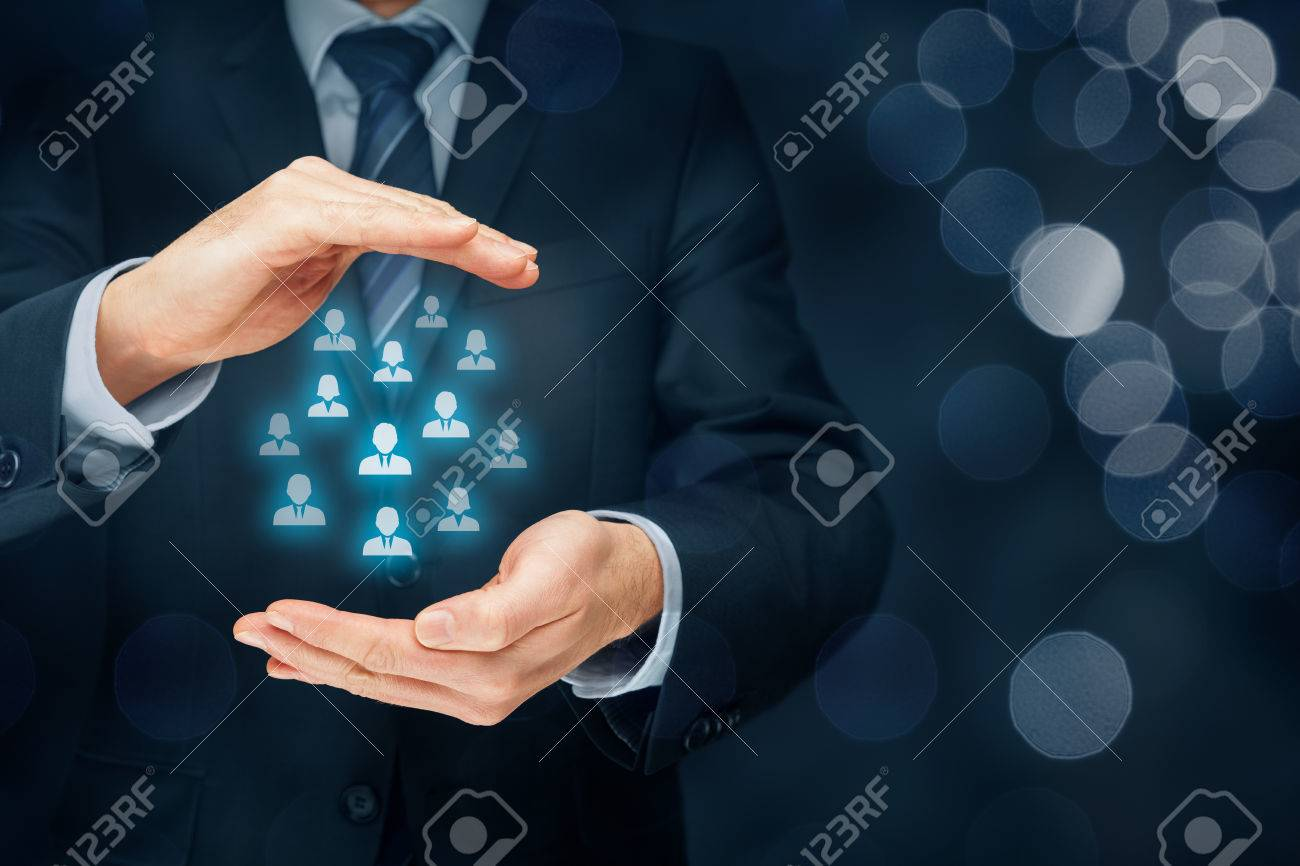 Customer care, care for employees, human resources, employment agency and marketing segmentation concepts. Leader manage his team. - 70840809