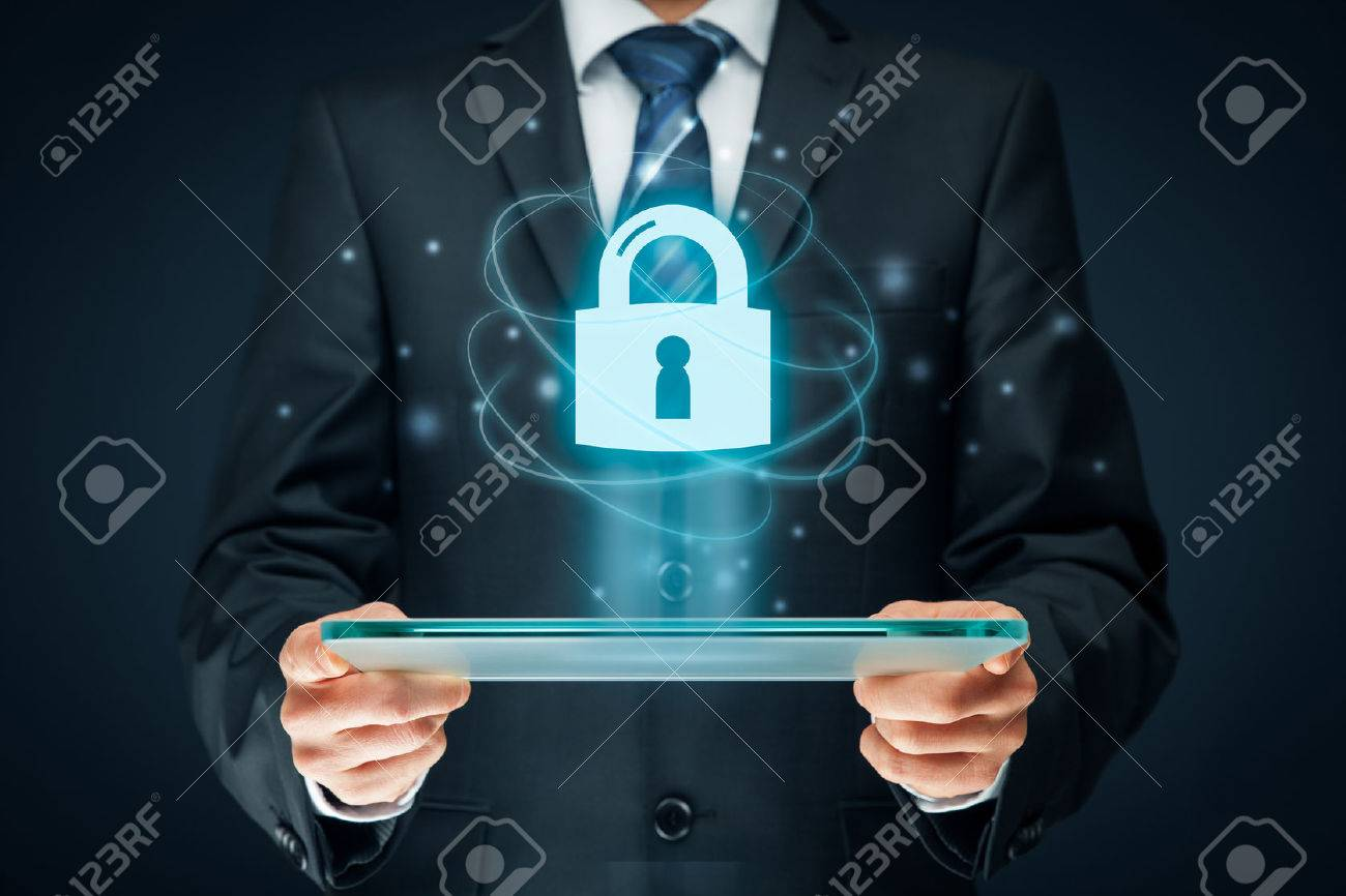 Cybersecurity and information technology security services concept. Login or sign in internet concepts. Banque d'images - 71799735