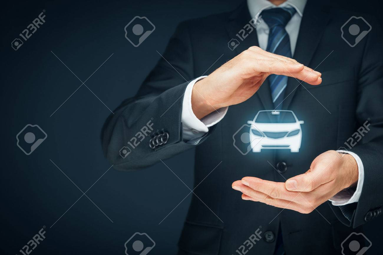 Car (automobile) insurance and collision damage waiver concepts. Insurer (insurance agent) with protective gesture and icon of a car. - 73898785