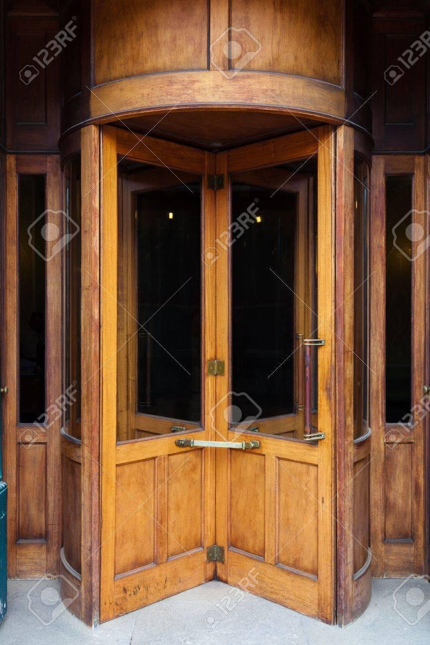 Vintage wooden revolving door - 17757077