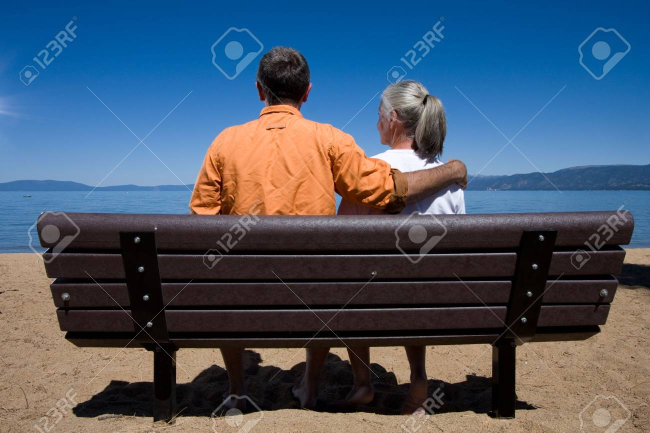 couple on bench Stock Photo - 3574654