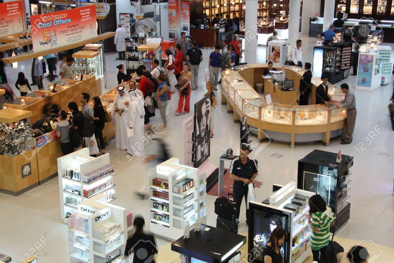 Duty free shop in Doha airport, Qatar  - 20.07.2011 Stock Photo - 10808063