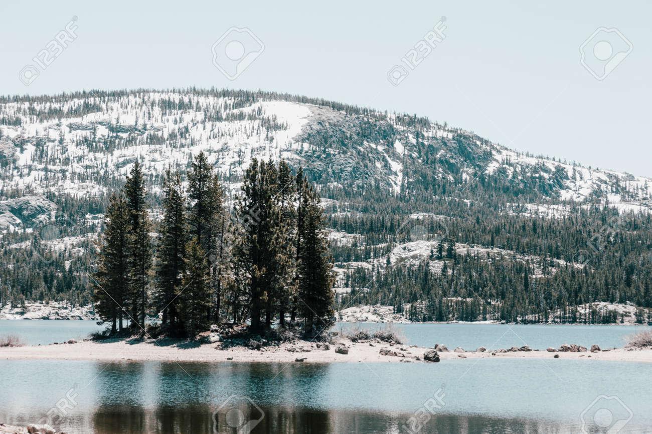 Lake in California - 165483978