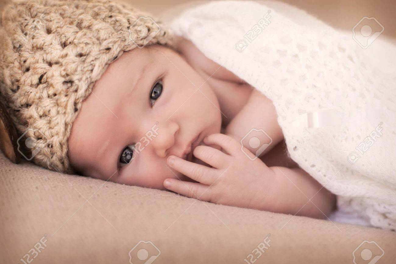 Newborn baby Stock Photo - 20673026