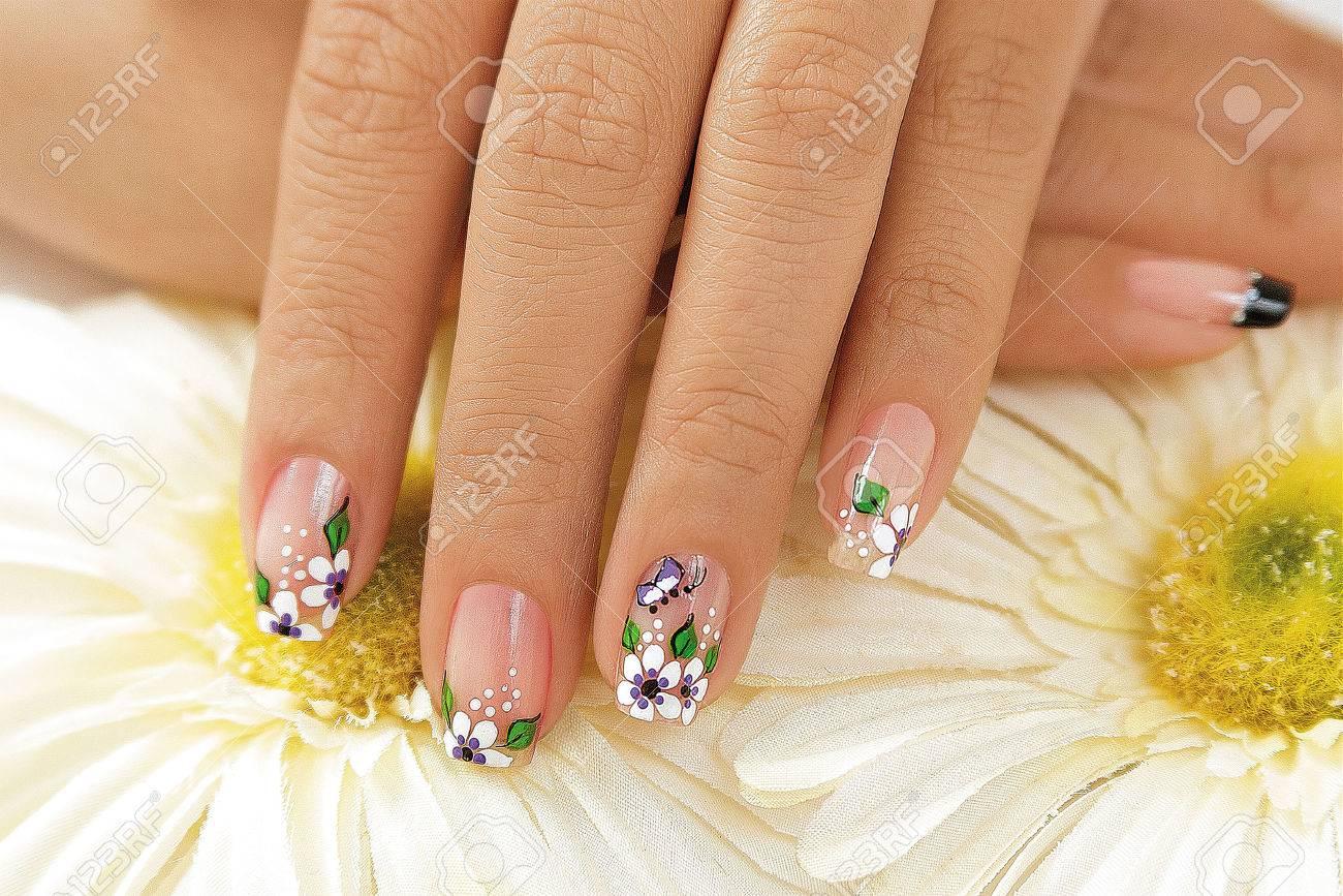 affordable hermosas uas decoradas con flores foto de archivo with uas decoradas flores with fotos uas - Uas Decoracion