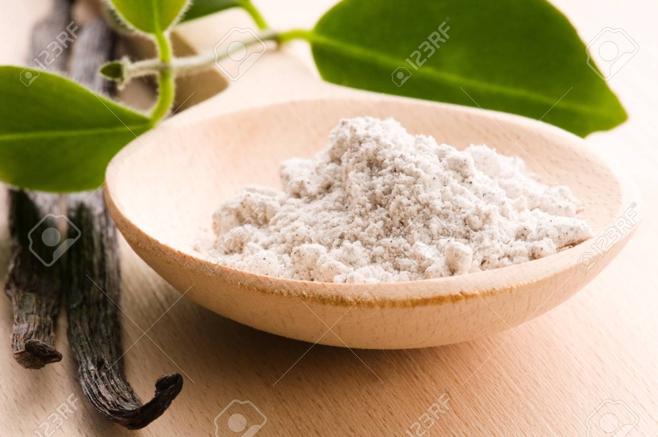 vanilla beans with aromatic sugar Stock Photo - 7815929