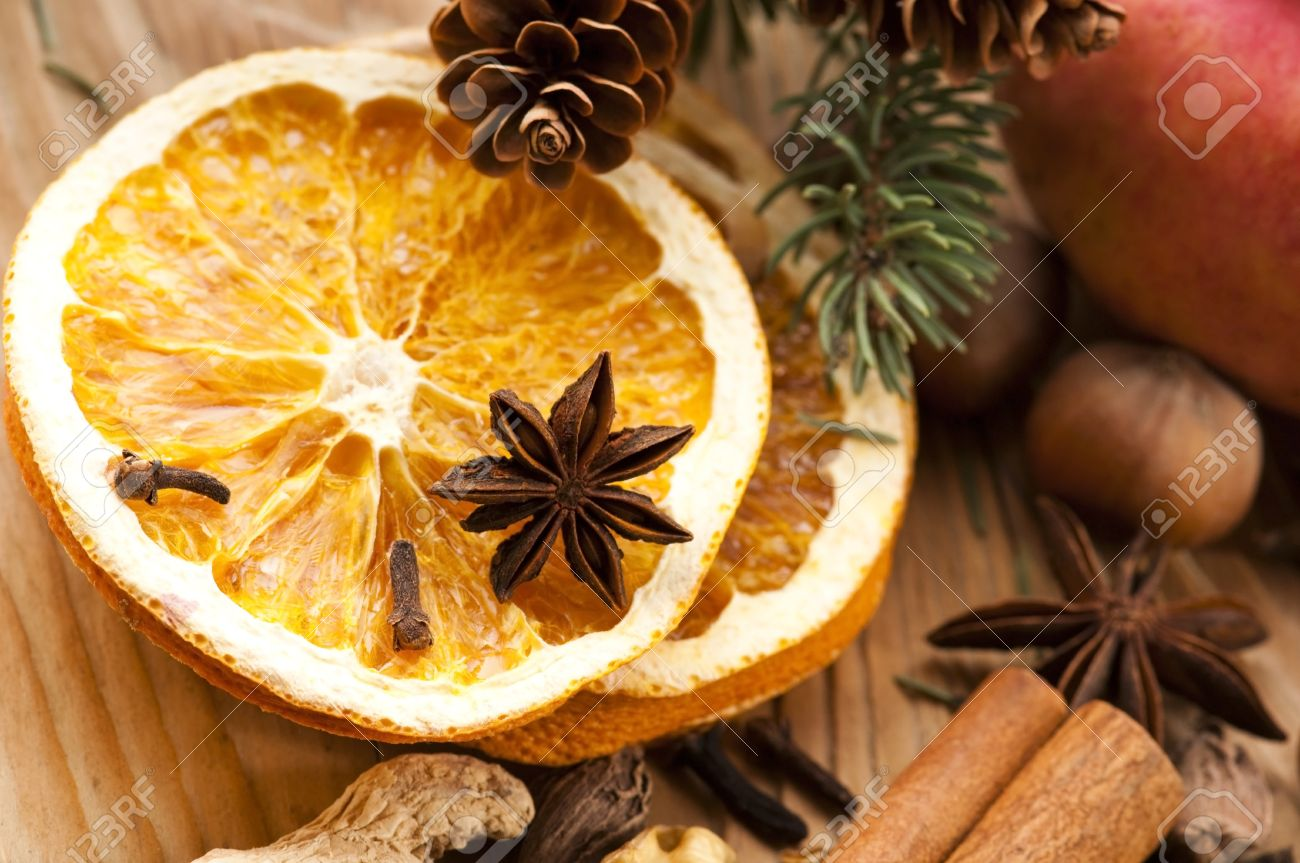 Drying Out Oranges Christmas Decorations Oranges For Christmas Christmas Oranges Royalty Free Stock Images