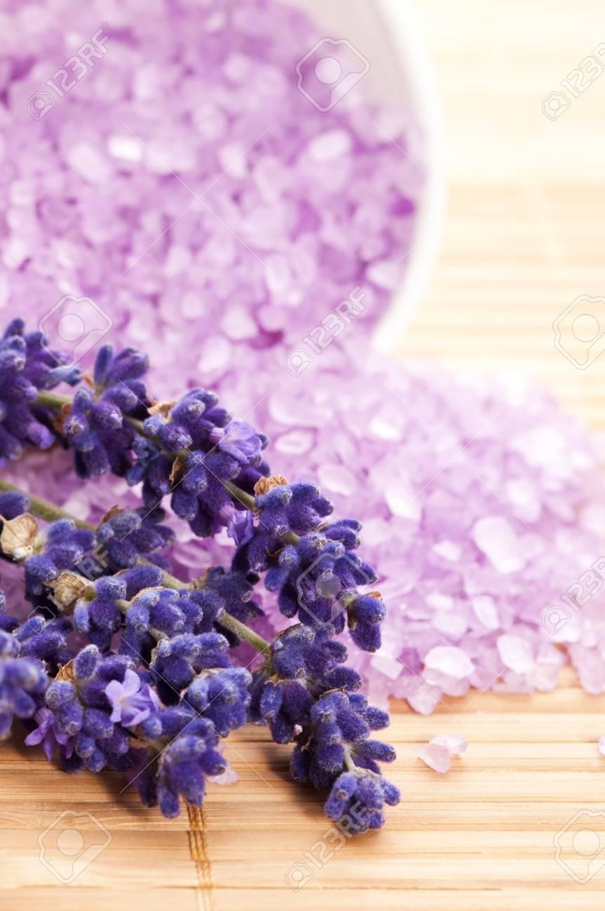 Lavender Spa Stock Photo - 13911087