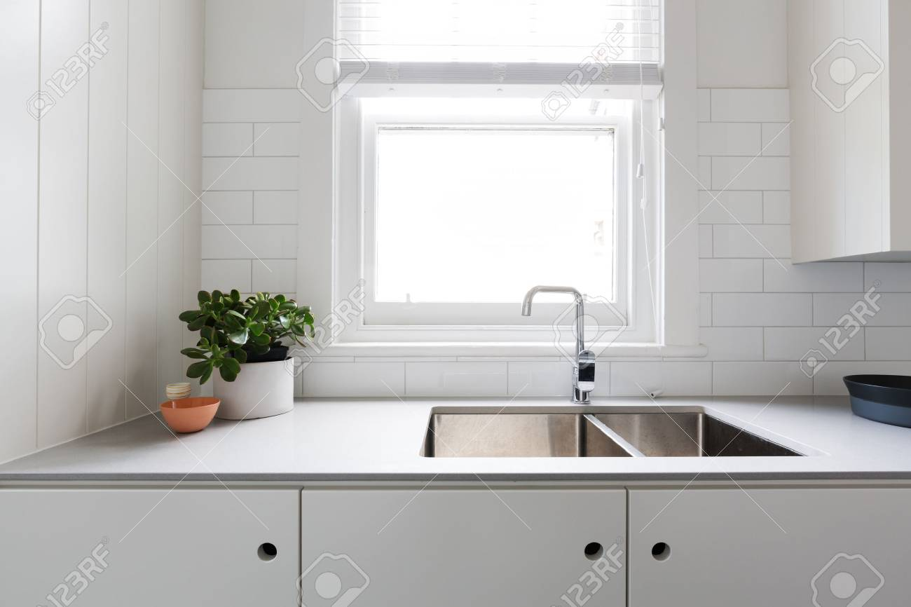 Nett Küche Aufkantung Fliesen Ideen Galerie - Ideen Für Die Küche ...