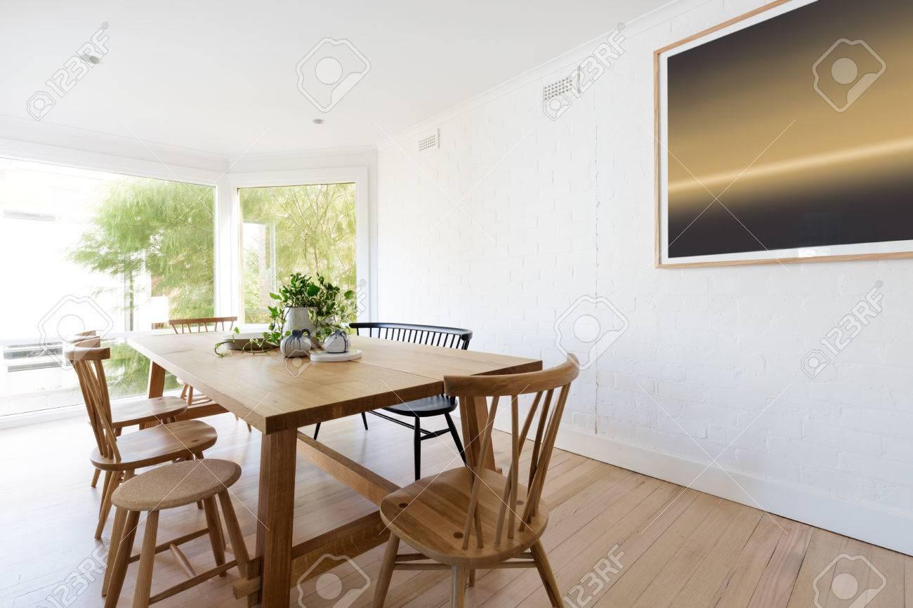 Skandinavischen Stil Weißen Esszimmer Interieur Mit Modernen ...