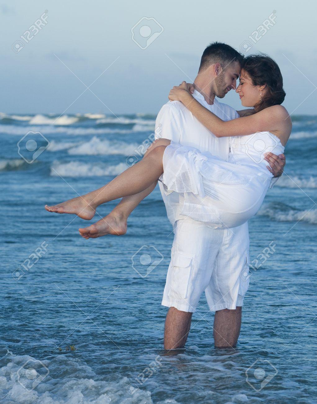 Resultado de imagem para man holding woman