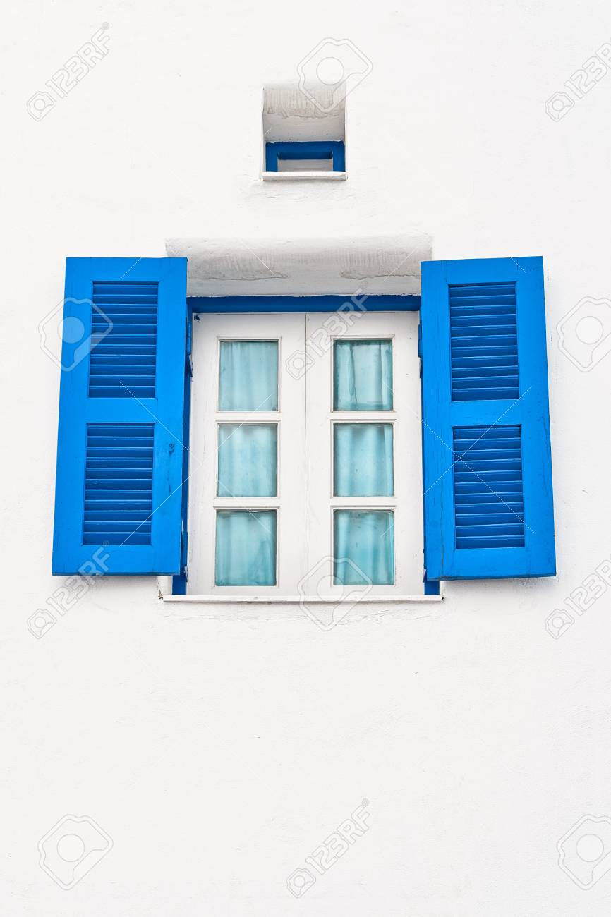 Vintage window and air passage Stock Photo - 18153692