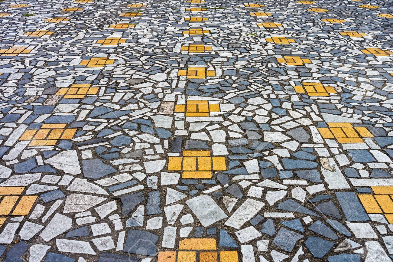 Broken ceramic tile images tile flooring design ideas broken tile mosaic floor image collections tile flooring design the art of mosaic pavement from broken dailygadgetfo Image collections