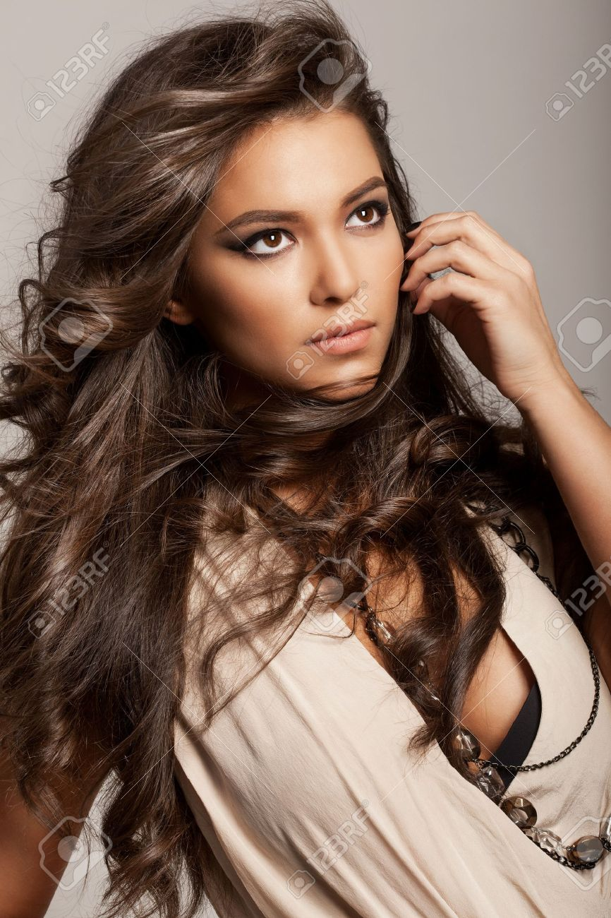 Long Wavy Hair Hairstyles Portrait Of A Beautiful Woman With Healthy Long Brown Hair And