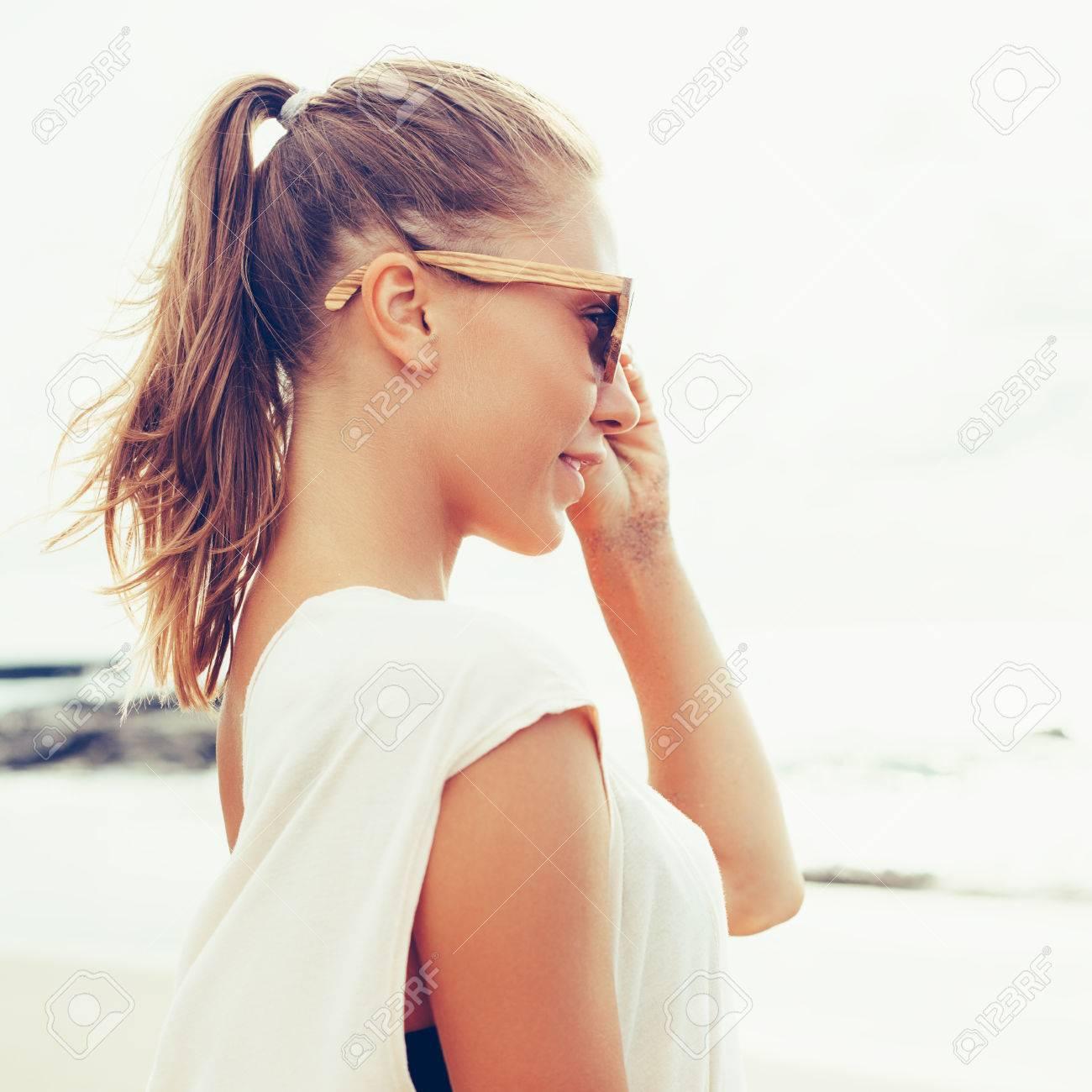 Blonde gebräunte haare haut Sonnenöl Test