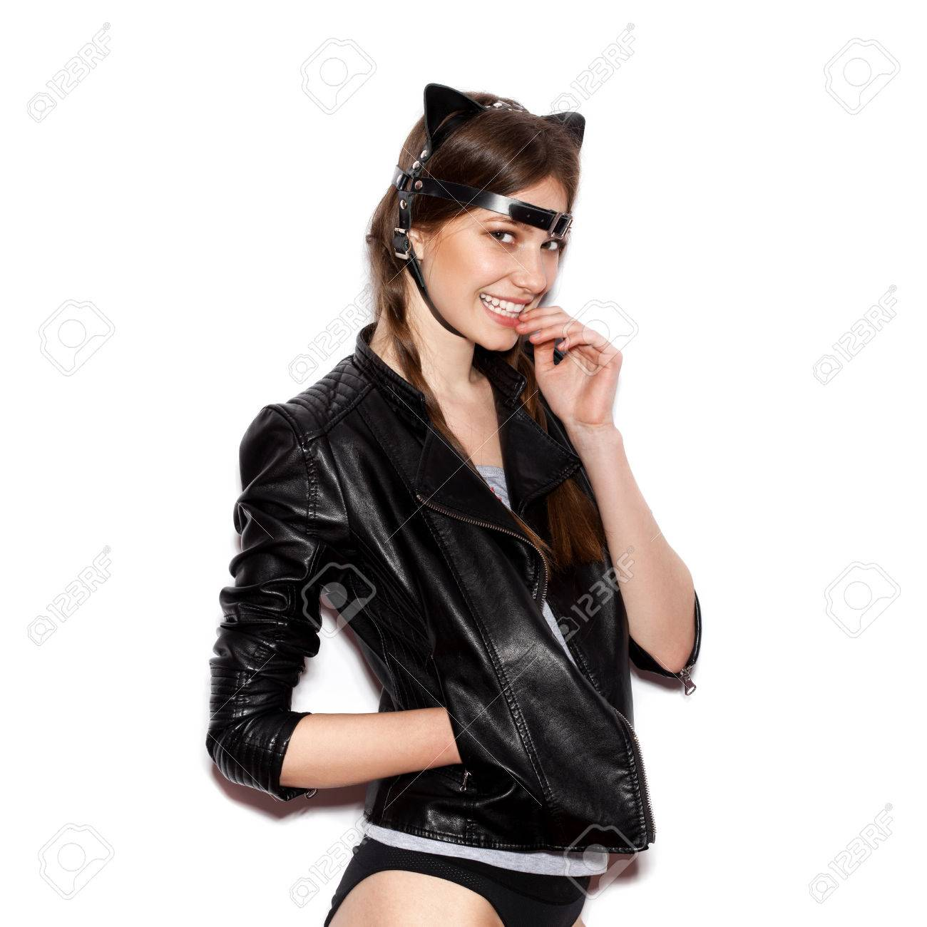 Trucco Halloween Catwoman.Funny Girl Represents As Small Cat Woman With Bright Makeup
