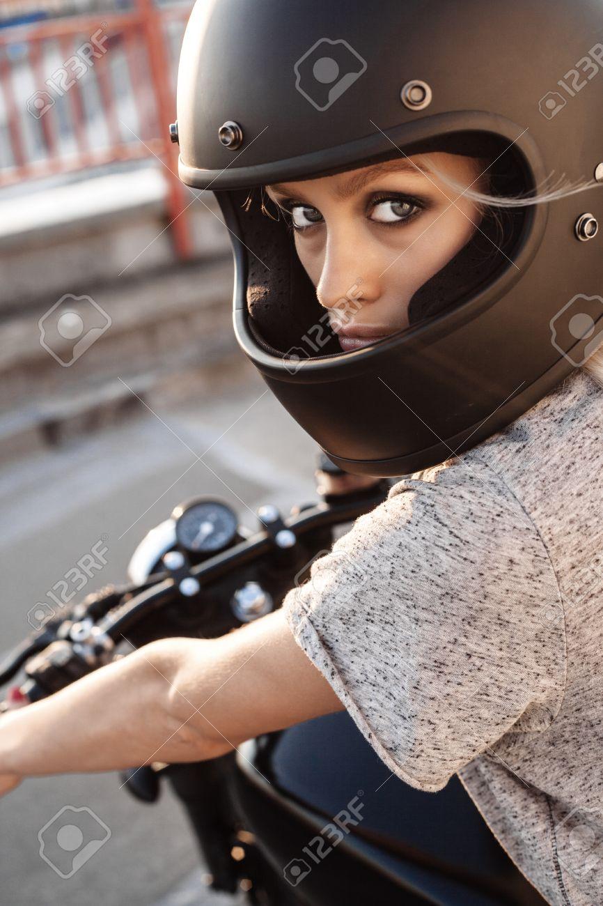 Sexy Femme Fille De Motard Noir Casque Intégral Visage De Moto