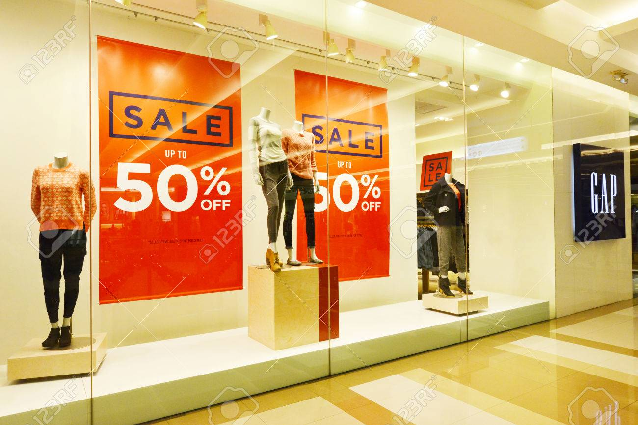 Clothes are the best-selling items on year-end sale
