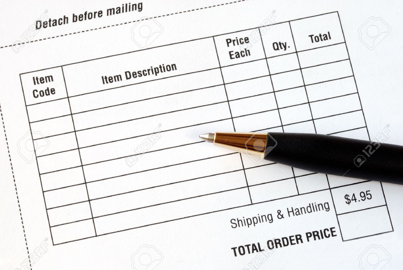 Fill in the purchase items in an order form Stock Photo - 7235637